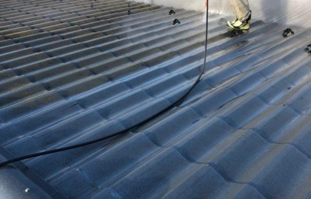 屋根カバー工事をオススメする理由