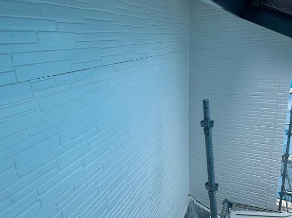 群馬県太田市 屋根・外壁・付帯部塗装工事 雨どい交換 下地処理 ケレン作業 サイディングの継ぎ目 (6)