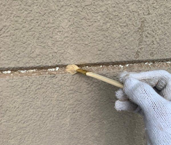 群馬県前橋市 K様邸 外壁リフォーム 下地処理 シーリング(コーキング)工事の工程 (2)