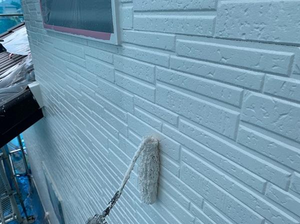 群馬県太田市 Y様邸 屋根・外壁・付帯部塗装工事 外壁上塗り ガイソーウォールマイティシリコン (5)