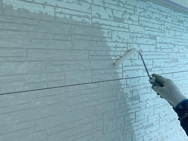群馬県前橋市 I様邸 外装リフォーム工事 中塗り、上塗りと重ね塗りをする理由 (1)