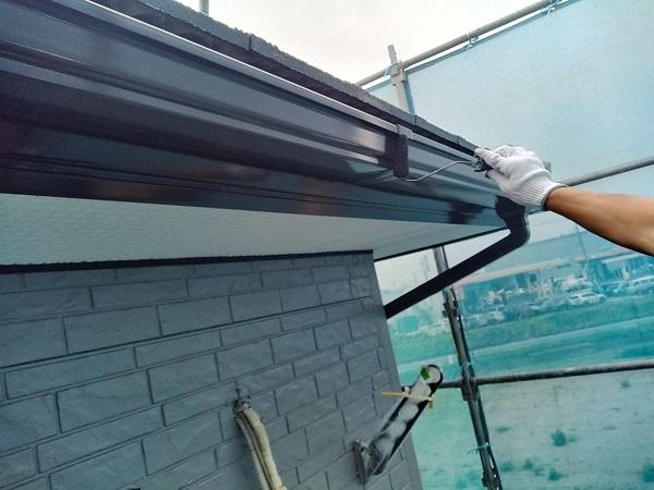 群馬県佐波郡玉村町 O様邸 外壁・屋根・付帯部塗装 雨樋塗装・エアコンホースカバー塗装 (4)