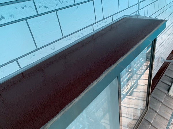 群馬県北群馬郡吉岡町 K様邸 外壁塗装 付帯部塗装 出窓の屋根の塗装 ケレン作業の重要性 (2)