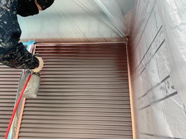 群馬県北群馬郡吉岡町 K様邸 外壁塗装 付帯部塗装 雨戸 吹き付け塗装 (1)