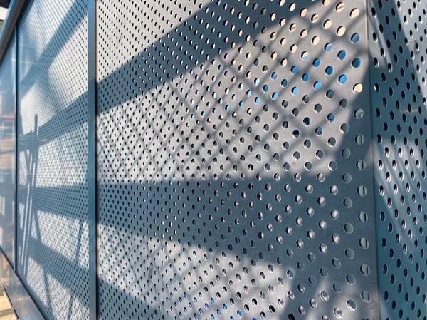 群馬県前橋市 Y様邸 外壁塗装・付帯部塗装 ベランダ目隠しフェンス塗装 ケレン作業の重要性 (4)