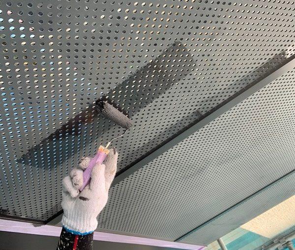 群馬県前橋市 Y様邸 外壁塗装・付帯部塗装 ベランダ目隠しフェンス塗装 ケレン作業の重要性 (1)