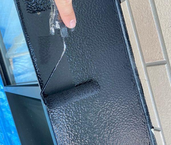 群馬県前橋市 Y様邸 外壁塗装・付帯部塗装 窓枠サッシ塗装 目荒らしとは (5)