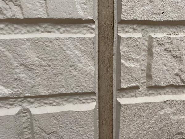 群馬県前橋市 O様邸 外壁塗装・付帯部塗装 無料現場調査 クラック(ひび割れ) チョーキング現象 コーキングの劣化 (5)