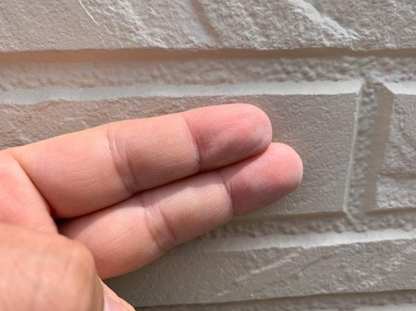 群馬県前橋市 O様邸 外壁塗装・付帯部塗装 無料現場調査 クラック(ひび割れ) チョーキング現象 コーキングの劣化 (7)