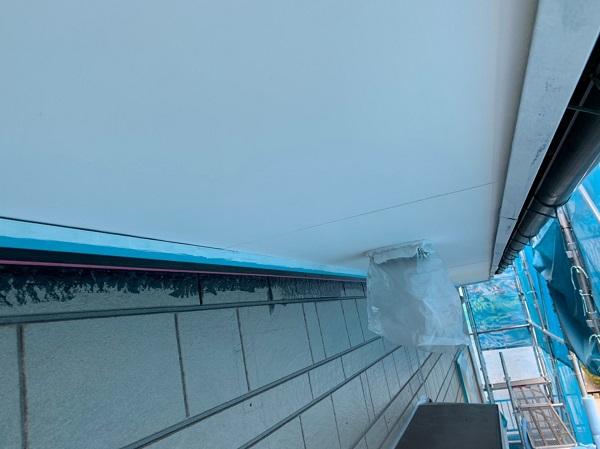群馬県北群馬郡吉岡町 K様邸 外壁塗装 付帯部塗装 軒天塗装 軒天の役割 塗装の手順 (4)
