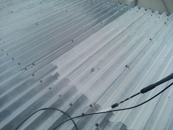 群馬県前橋市 ㈱P様貸店舗 外壁塗装・屋根塗装 下地処理 高圧洗浄 手抜き業者について (2)