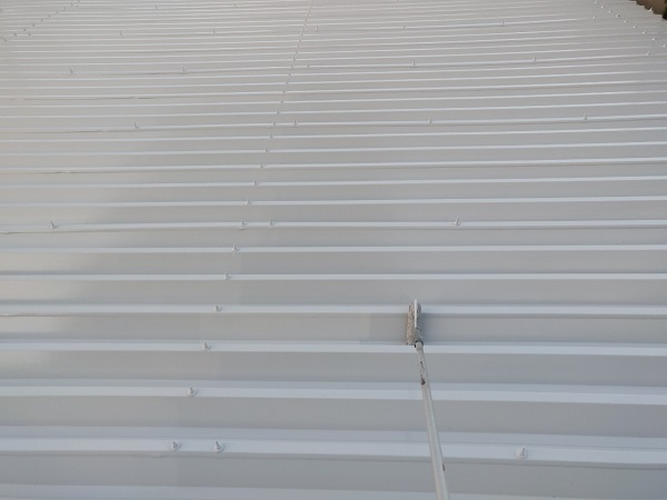 群馬県前橋市 ㈱P様貸店舗 外壁塗装・屋根塗装 波型折板屋根の塗装 エスケーエポサビα ガイソールーフガードシリコン (4)