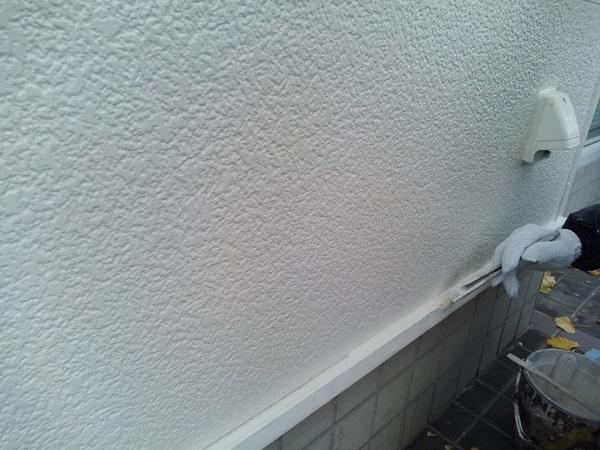 群馬県前橋市 ㈱P様貸店舗 外壁塗装・屋根塗装 付帯部塗装 換気フード、軒天、土台水切り、雨樋、ポールサイン (5)