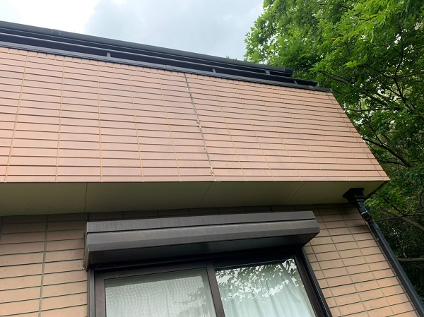 群馬県前橋市 S様邸 屋根塗装・外壁塗装 シーリング打ち替え工事 サッシ廻りのシーリングの撤去方法 (5)
