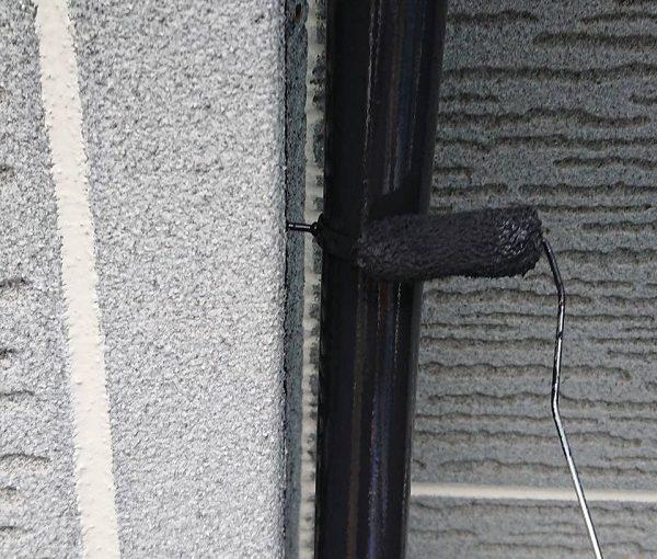 群馬県前橋市 K様邸 外壁塗装・付帯部塗装 雨樋塗装の工程 長期間の放置は割れに繋がります! (6)