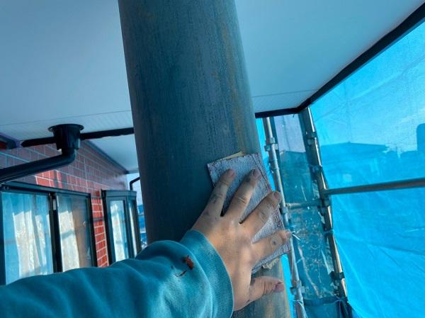 群馬県前橋市 T様邸 外壁塗装・屋根塗装・付帯部塗装 玄関柱・玄関灯・サッシ塗装 工程 (1)