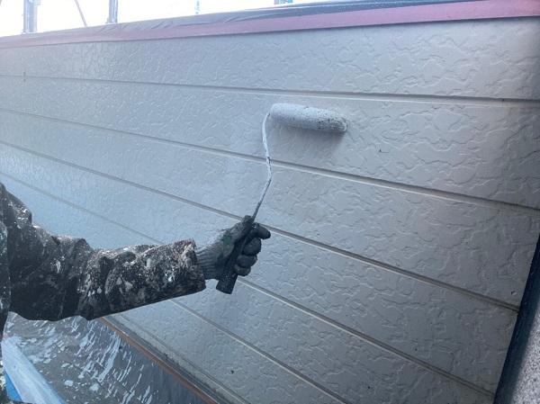 群馬県太田市 Sアパート 外壁塗装・屋根塗装 GWフィーラー微弾性 ガイソーウォールマイティシリコン (2)
