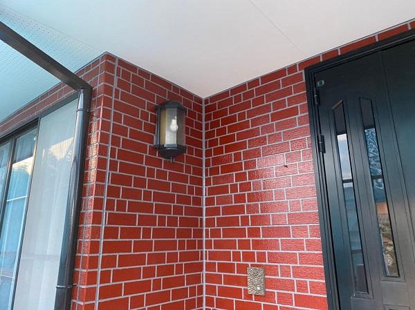 群馬県前橋市 T様邸 外壁塗装・屋根塗装・付帯部塗装 玄関柱・玄関灯・サッシ塗装 工程 (7)
