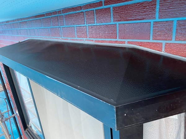 群馬県前橋市 T様邸 外壁塗装・屋根塗装・付帯部塗装 出窓の上 換気フード (8)