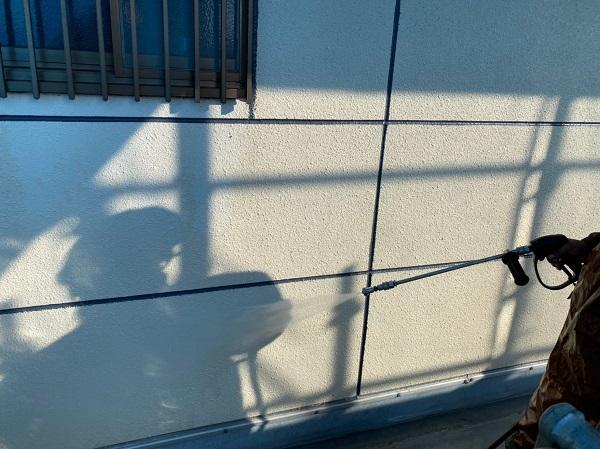 群馬県太田市 Sアパート 外壁塗装・屋根塗装 足場組み立て 高圧洗浄 (2)
