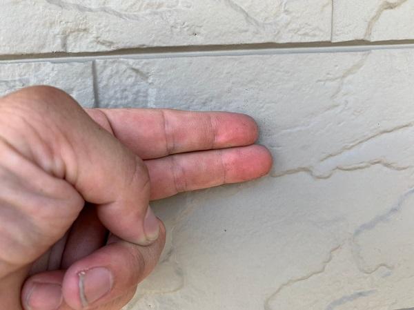 群馬県前橋市 N様邸 外壁塗装 屋根塗装 無料現場調査 チョーキング現象 塗膜の剥がれ シーリング硬化 (5)