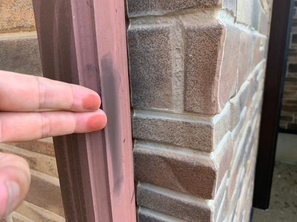 群馬県前橋市 N様邸 外壁塗装 屋根塗装 無料現場調査 チョーキング現象 塗膜の剥がれ シーリング硬化 (2)