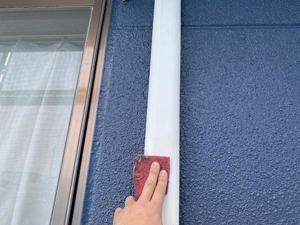 群馬県太田市 Sアパート 外壁塗装・屋根塗装 雨樋、柱、エアコンホースカバー塗装 (2)