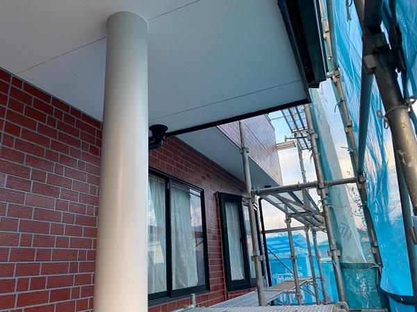 群馬県前橋市 T様邸 外壁塗装・屋根塗装・付帯部塗装 玄関柱・玄関灯・サッシ塗装 工程 (5)
