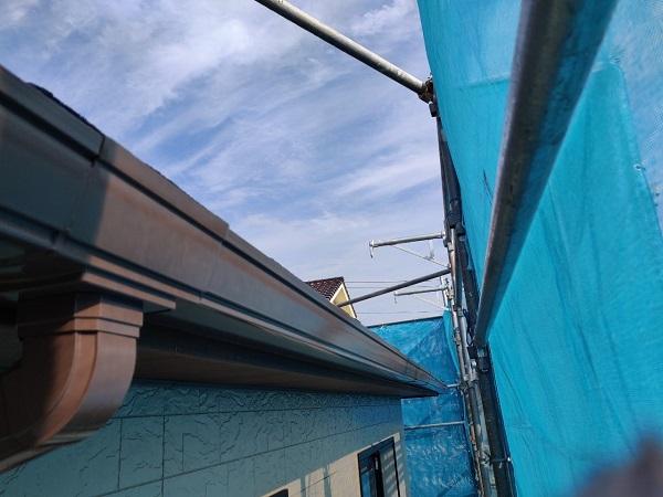 群馬県前橋市 N様邸 外壁塗装 屋根塗装 付帯部塗装 換気フード、雨樋塗装1