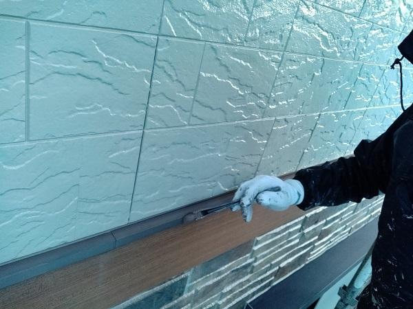 群馬県前橋市 N様邸 外壁塗装 屋根塗装 付帯部塗装 土台水切り、帯板水切り塗装 水切りの役目 (2)