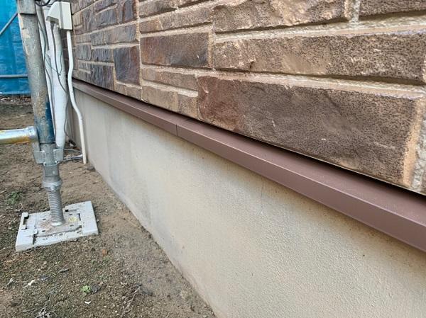 群馬県前橋市 N様邸 外壁塗装 屋根塗装 付帯部塗装 土台水切り、帯板水切り塗装 水切りの役目 (4)