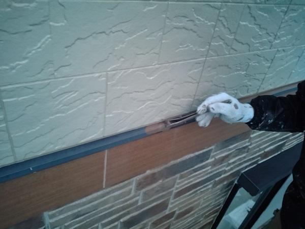 群馬県前橋市 N様邸 外壁塗装 屋根塗装 付帯部塗装 土台水切り、帯板水切り塗装 水切りの役目 (3)
