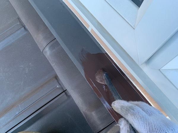 群馬県桐生市 S様邸 外壁塗装・付帯部塗装 エアコンホースカバー・雨樋・下屋と外壁の取り合い板金の塗装 (1)