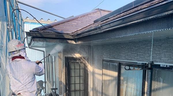 群馬県伊勢崎市 N様邸 屋根塗装 外壁塗装 足場組み立て バイオ洗浄 (4)