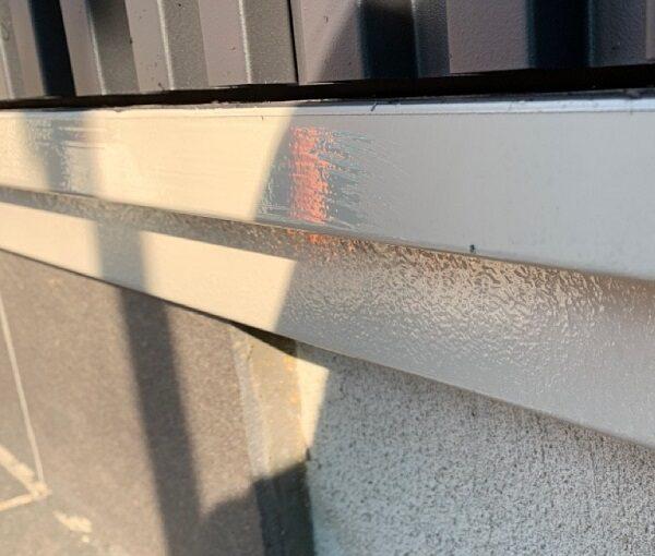 群馬県伊勢崎市 S様邸 外壁塗装・屋根塗装・付帯部塗装 水切り、エアコンホースカバー塗装 (3)