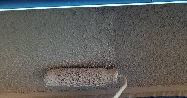 群馬県伊勢崎市 S様邸 外壁塗装・屋根塗装・付帯部塗装 軒天塗装 軒天劣化のサインとは (5)