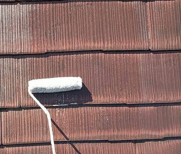 群馬県佐波郡玉村町 K様邸 屋根塗装 基礎補修 タスペーサー設置 下塗り 関西ペイント 浸透形Mシーラー (11)