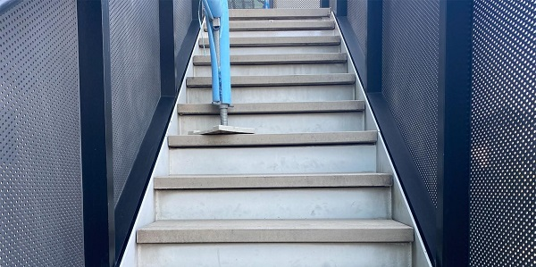 群馬県邑楽郡 アパート 屋根塗装・外壁塗装・付帯部塗装 施工前の状態 劣化症状 (3)