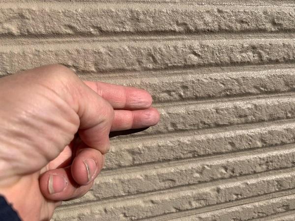 群馬県前橋市 G様邸 外壁塗装・付帯部塗装 施工前の状態 チョーキング現象 (11)
