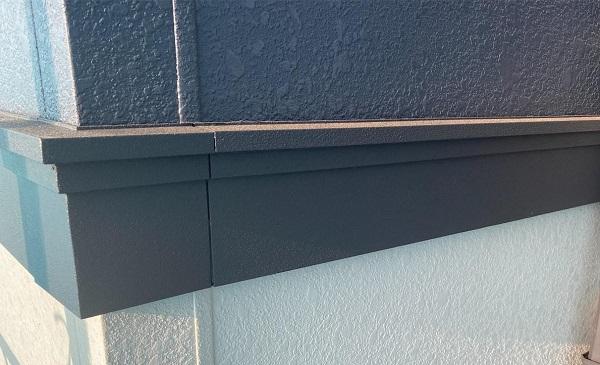 群馬県邑楽郡 アパート 屋根塗装・外壁塗装・付帯部塗装 幕板、隔板塗装 (1)
