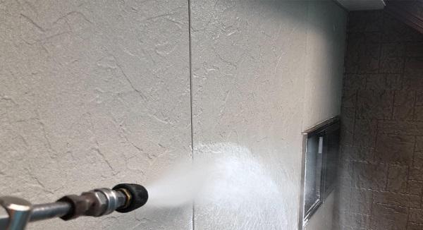 群馬県前橋市 K様邸 屋根塗装・外壁塗装・付帯部塗装 足場組み立て 高圧洗浄 (4)