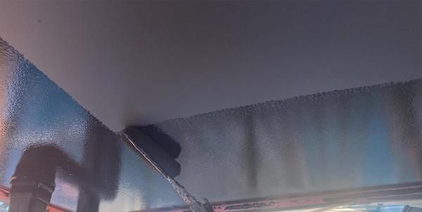 群馬県邑楽郡 アパート 屋根塗装・外壁塗装・付帯部塗装 軒天の塗装 目荒らし (3)