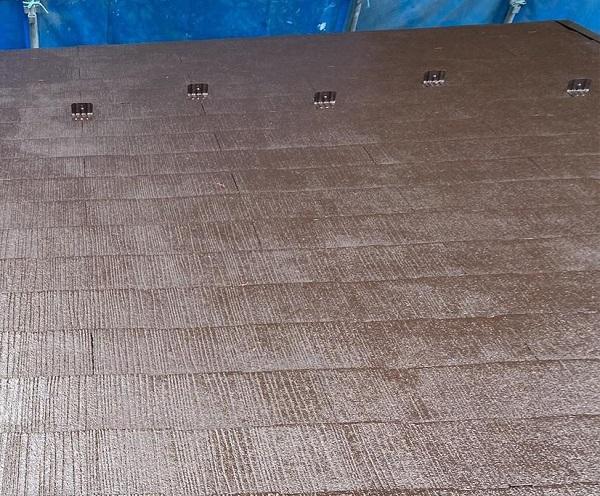 群馬県渋川市 I様邸 屋根塗装・付帯部塗装 タスペーサー01 屋根下塗り (4)