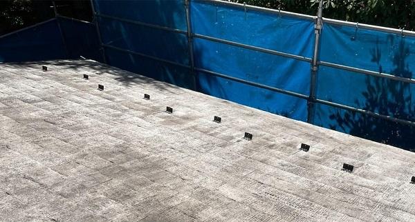 群馬県渋川市 I様邸 屋根塗装・付帯部塗装 タスペーサー01 屋根下塗り (14)