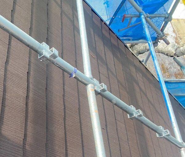 群馬県渋川市 I様邸 屋根塗装・付帯部塗装 タスペーサー01 屋根下塗り (5)