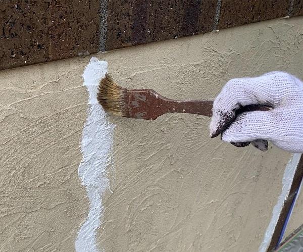 群馬県伊勢崎市 W様邸 屋根塗装・外壁塗装・付帯部塗装 塀塗装 ひび割れ(クラック)補修 (1)