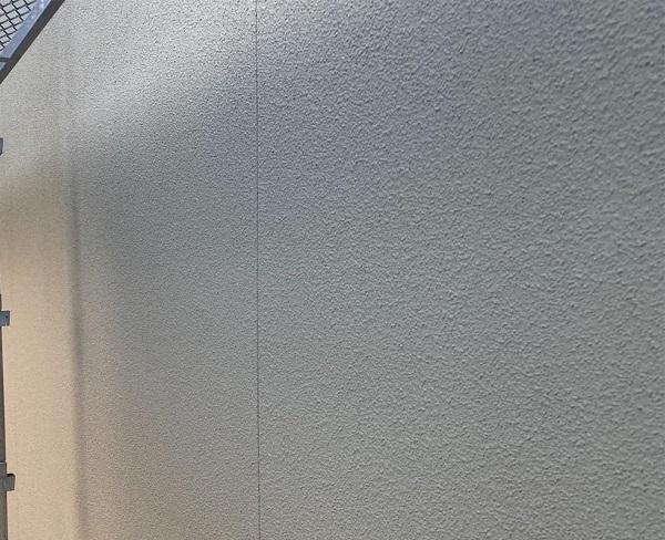 群馬県前橋市 N様邸 外壁塗装・防水工事 ガイソーウォールマットマックスF GWフィーラー微弾性 ウールローラー1 (6)