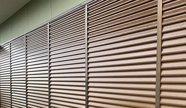 群馬県前橋市 N様邸 外壁塗装・防水工事 雨戸塗装 エアコンカバー塗装 吹き付け工法 (6)