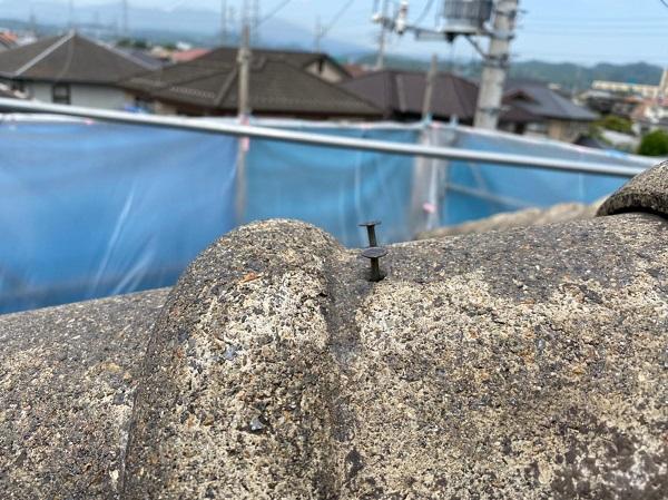 群馬県桐生市 I様邸 屋根塗装・外壁塗装 棟瓦の釘補強 ガイソールーフガードシリコン シーラーセメント (5)