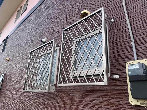 群馬県前橋市 H様邸 外壁塗装・付帯部塗装・アルミサッシ面格子取り付け (8)